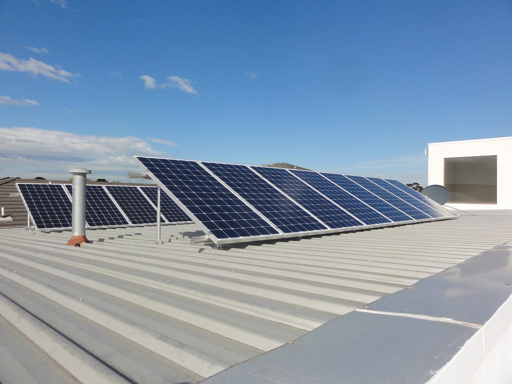 Rent Rooftops To Solar Companies And Get Solar Power At